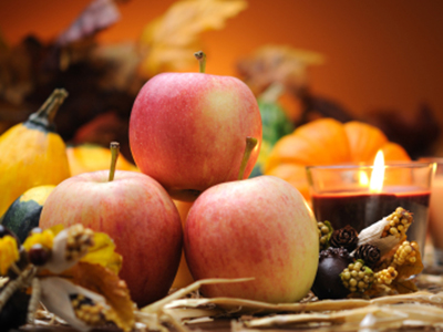 ThanksgivingTable_Apple_Candle_400