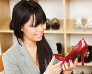 dangers of fast fashion and cheap clothes by Julie Inzanti