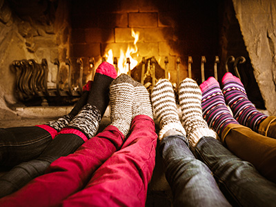 HomeFireplace_Feet_400