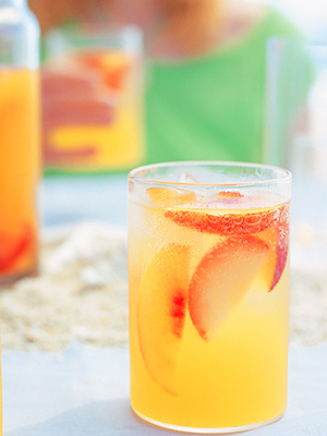 Williams-Sonoma Outdoor Entertaining Recipe: Plum and Nectarine Sangria