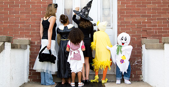 safety tips for trick or treaters, child safety, halloween